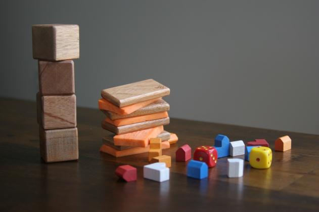 Tegu blocks and sweet potato pieces